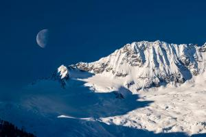 Moon And Mountains #11800