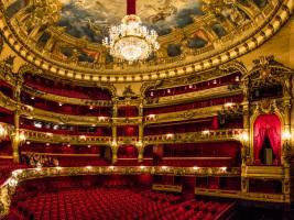 Opera Room #IG 9186
